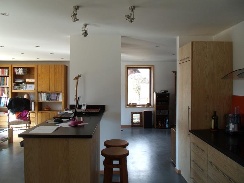 PhotoConstruction d'une maison passive et de deux cabinets de médecins